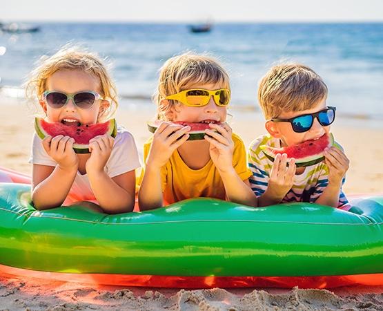 Wypoczynek zatrakcjami dla dzieci imłodzieży